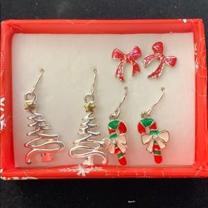 Three-piece holiday in a gift box earring set